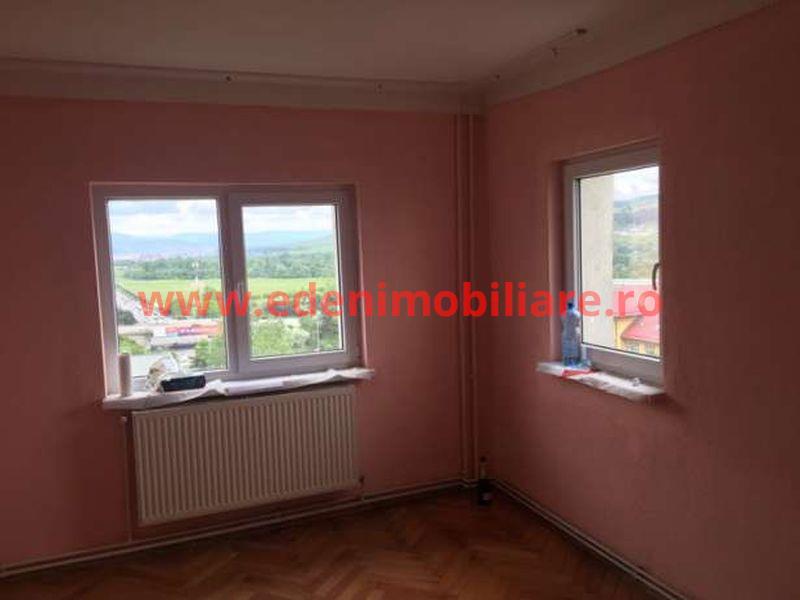 Apartament 4 camere de vanzare in Cluj, zona Manastur, 78500 eur