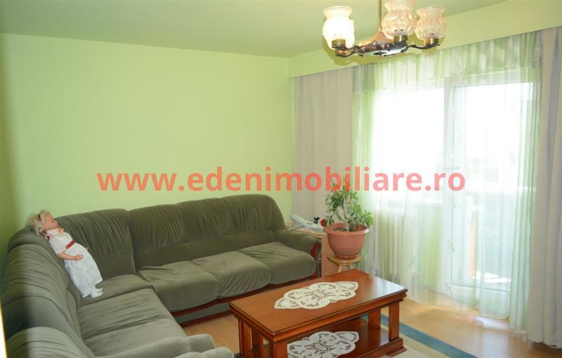 Apartament 3 camere de vanzare in Cluj, zona Marasti, 74000 eur