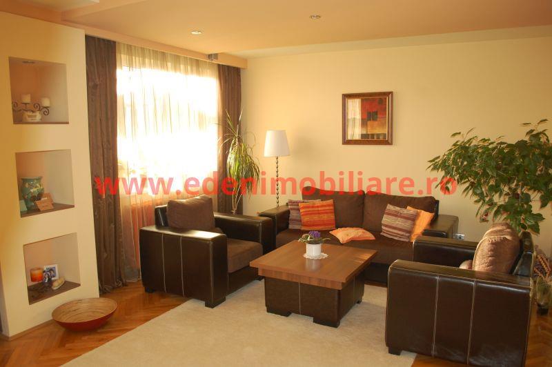 Apartament 3 camere de vanzare in Cluj, zona Plopilor, 130000 eur