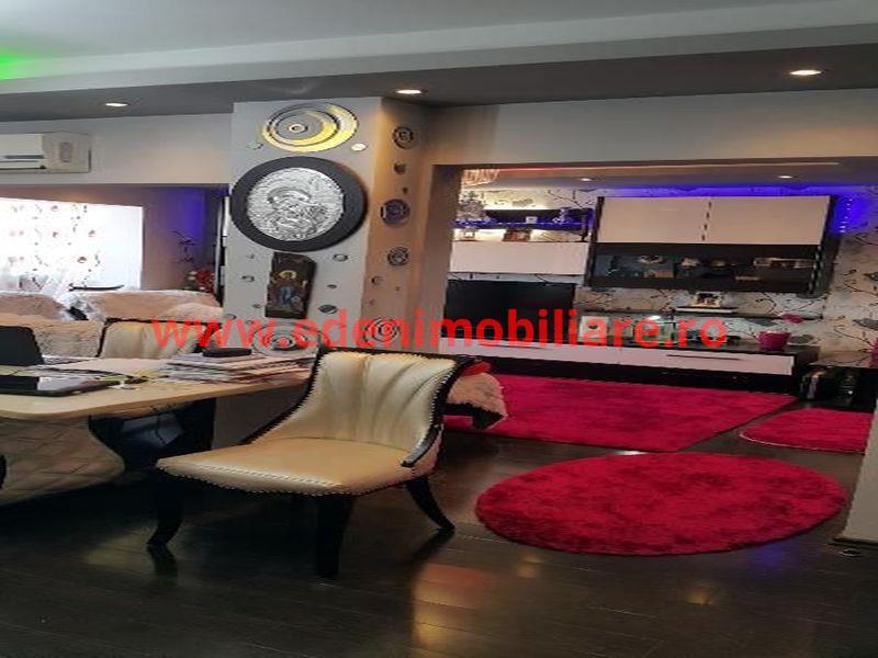 Apartament 3 camere de vanzare in Cluj, zona Marasti, 93000 eur