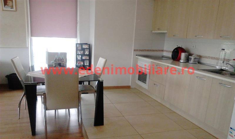 Apartament 3 camere de vanzare in Cluj, zona Gheorgheni, 128000 eur