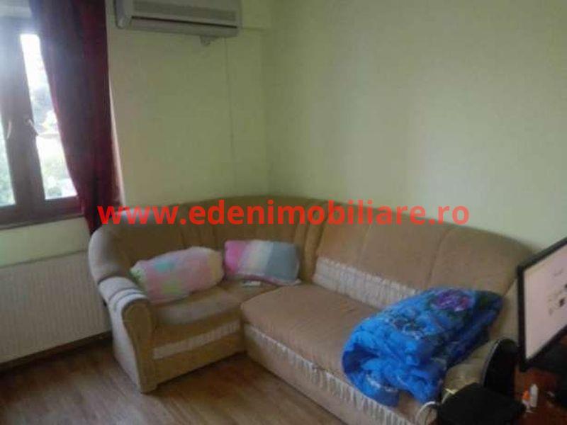 Apartament 3 camere de vanzare in Cluj, zona Marasti, 144000 eur