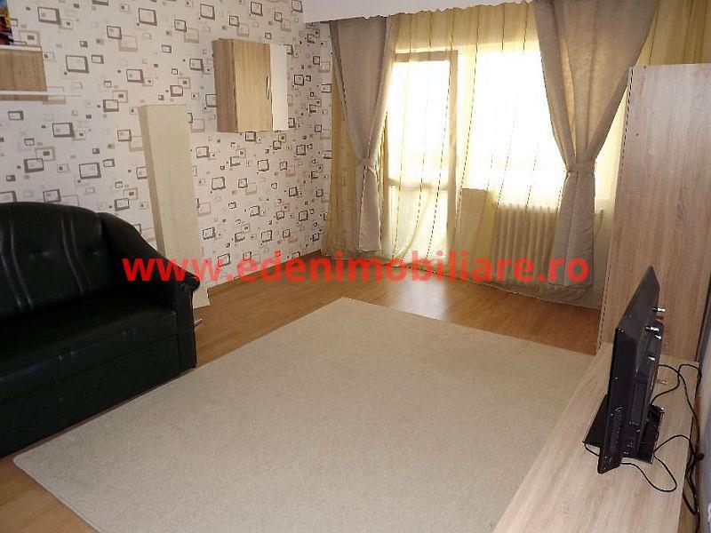 Apartament 3 camere de inchiriat in Cluj, zona Zorilor, 490 eur