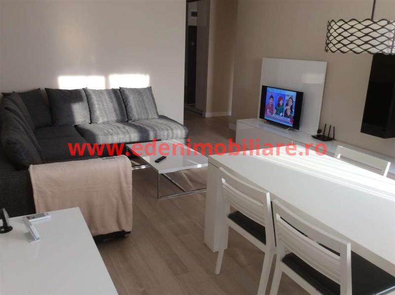 Apartament 3 camere de inchiriat in Cluj, zona Semicentral, 650 eur