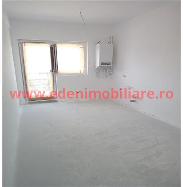 Apartament 4 camere de vanzare in Cluj, zona Europa, 99999 eur