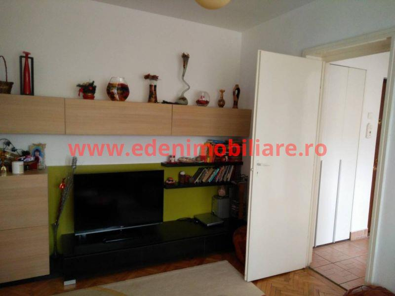 Apartament 3 camere de vanzare in Cluj, zona Grigorescu, 68000 eur