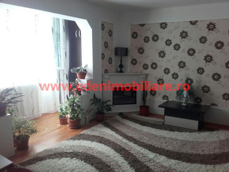 Apartament 3 camere de vanzare in Cluj, zona Manastur, 78000 eur