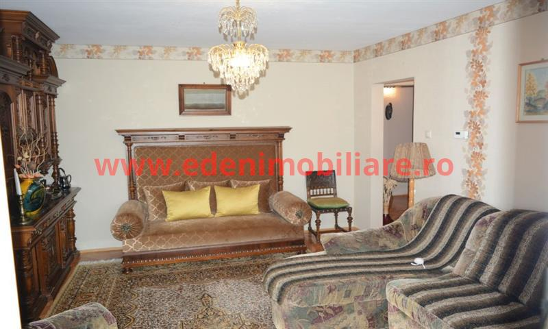 Apartament 4 camere de vanzare in Cluj, zona Zorilor, 107000 eur