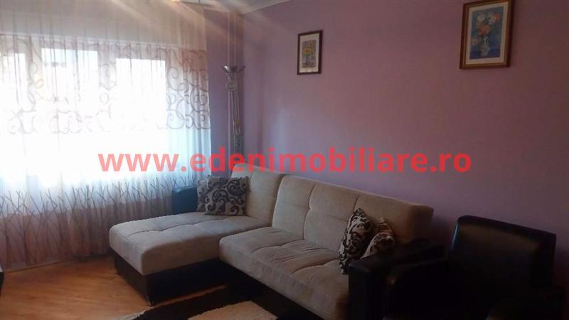 Apartament 3 camere de inchiriat in Cluj, zona Zorilor, 500 eur