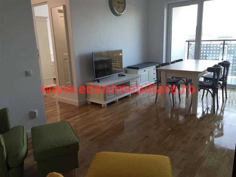 Apartament 3 camere de inchiriat in Cluj, zona Semicentral, 550 eur