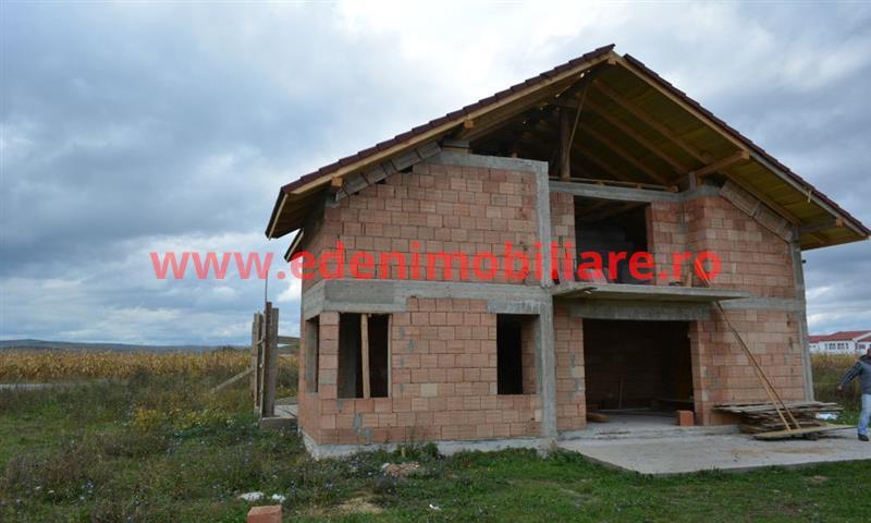 Casa/vila de vanzare in Cluj, zona Jucu, 67000 eur