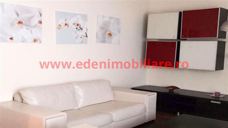 Apartament 3 camere de inchiriat in Cluj, zona Andrei Muresanu, 500 eur