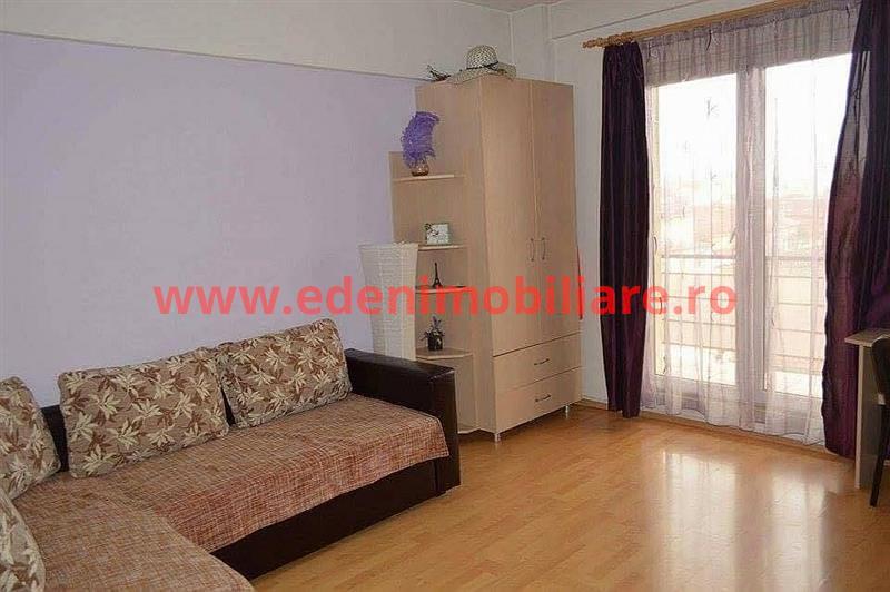 Apartament 1 camera de inchiriat in Cluj, zona Marasti, 330 eur