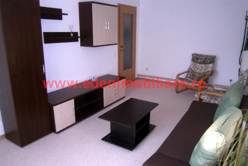 Apartament 2 camere de inchiriat in Cluj, zona Andrei Muresanu, 400 eur