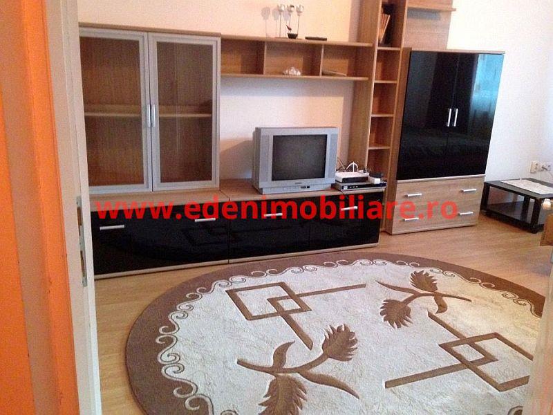 Apartament 1 camera de inchiriat in Cluj, zona Calea Turzii, 270 eur