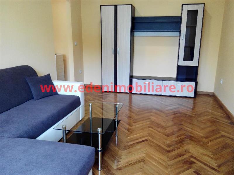 Apartament 2 camere de inchiriat in Cluj, zona Gara, 350 eur