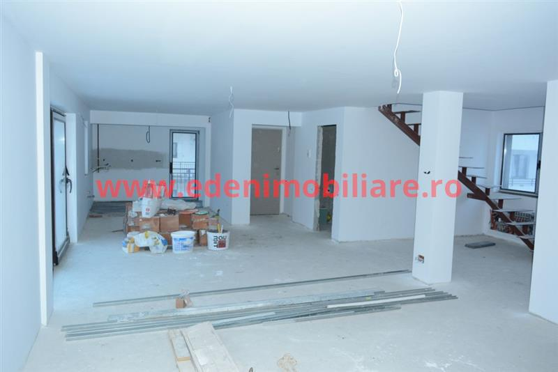 Apartament 4 camere de vanzare in Cluj, zona Buna-Ziua, 115000 eur