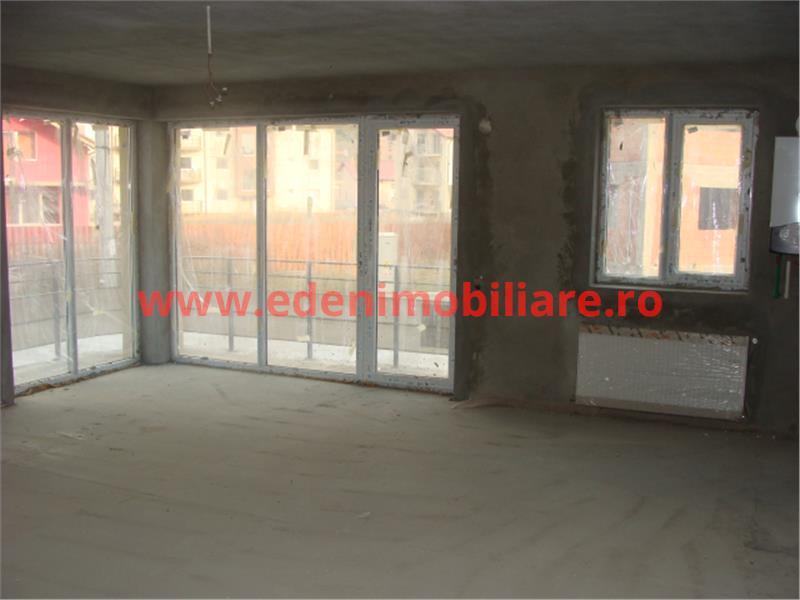 Apartament 3 camere de vanzare in Cluj, zona Floresti, 36800 eur