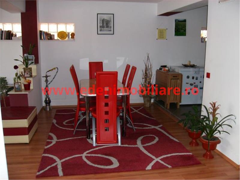 Casa/vila de vanzare in Cluj, zona Zorilor, 295000 eur