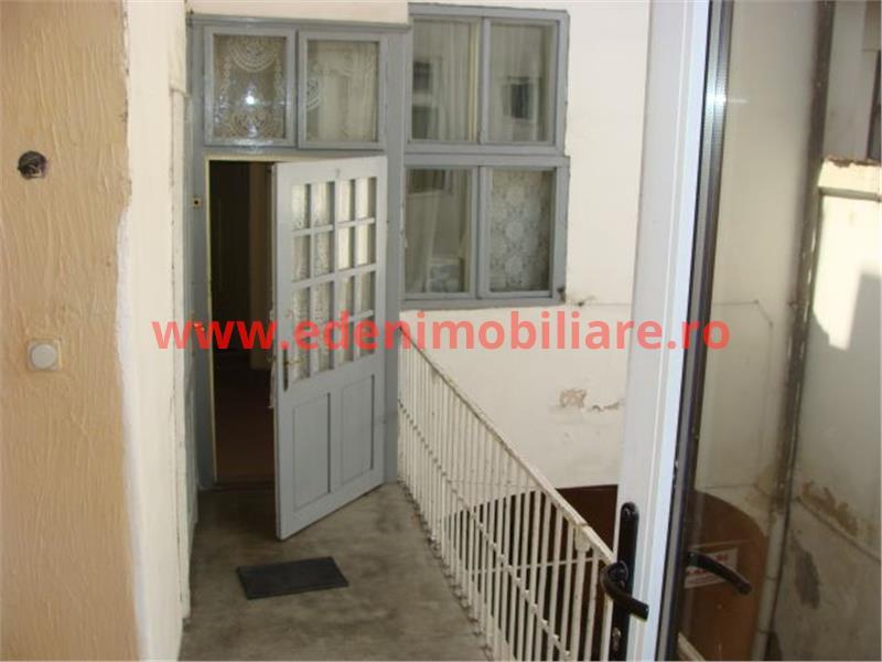 Apartament 3 camere de vanzare in Cluj, zona Centru, 120000 eur