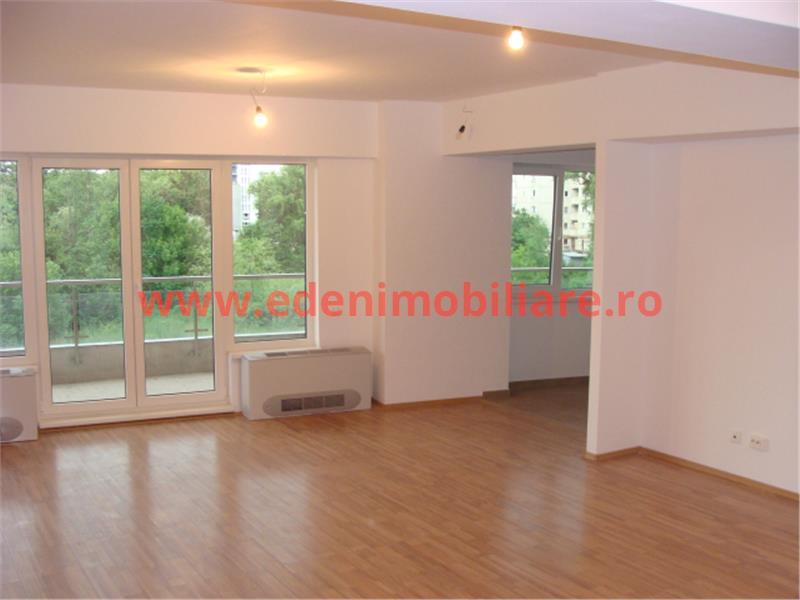 Apartament 4 camere de vanzare in Cluj, zona Plopilor, 185000 eur