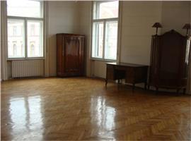 Apartament 4 camere, ultracentral,  Cluj Napoca