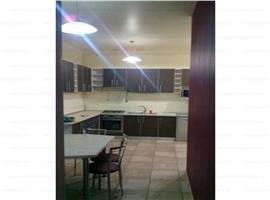 Vanzare apartament 3 camere Centru