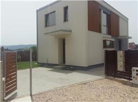 Vanzare  casa/duplex 116 mp,4 camere semifinisat in Someseni Cluj