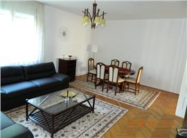 Apartament in casa Andrei Muresanu