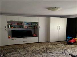 Vanzare apartament cu 3 camere in Plopilor