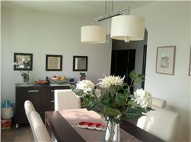 Vanzare apartament cu 4 camere semicentral, zona Horea