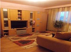 Vanzare apartament cu 3 camere in Manastur str Retezat