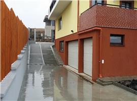 Vanzare apartament 4 camere intr-o vila din Borhanci