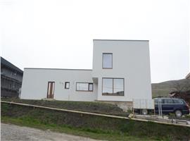 Casa cu 6 camere si 500 teren de vanzare in Borhanci, Cluj