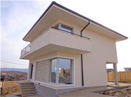 Vanzare casa cu 4 camere si 420 m teren in Dezmir, Cluj