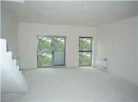 Apartament imobil nou cu scara interioara, Borhanci