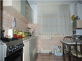 Apartament 3 camere 70 mp Manastur, zona Parang
