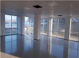 Spatiu comercial 300 mp,finisat de vanzare in Gheorgheni