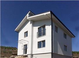 Comision 0%Casa individuala 4 camere 130 mp si 380 teren in Dezmir