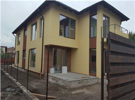 Casa/duplex de vanzare in Someseni, 4 camere 150 mp