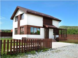 Casa individuala 4 camere cu 665 m teren in Chinteni