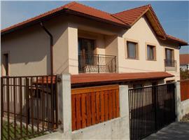 Casa pentru 2 familii in Buna ziua cu 438 m teren