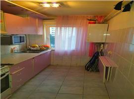 Apartament de vanzare 3 camere in Manastur, zona Mc Donalds