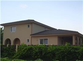 Casa moderna 150 m si 900 teren in Gheorgheni