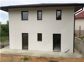 Casa individula 132 m si 1400 m teren in Feleacu