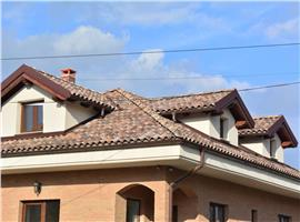 Casa finisata in Andrei Muresanu ideal locuinta sau birouri