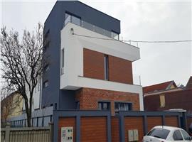 Casa cuplata 238 m de vanzare in Someseni