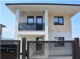 Casa finisata cu 600 m teren de vanzare in Dezmir, Cluj