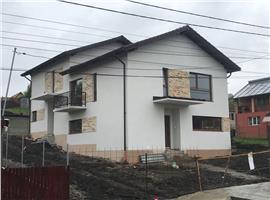 Vanzare case cuplate 120 m utili si 200 m teren in Dezmir